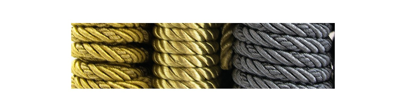 Twist Metallic Cord