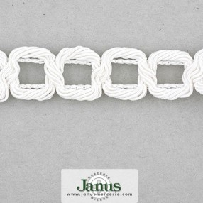 EMBROIDERED ALPHABET LETTERS 15MM - WHITE